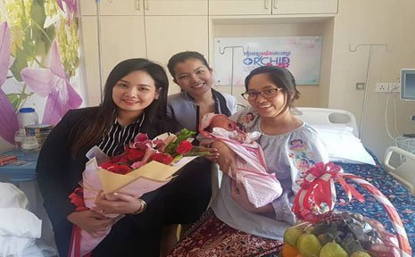 Our team visited a new born baby from Mrs. Chen Holysela